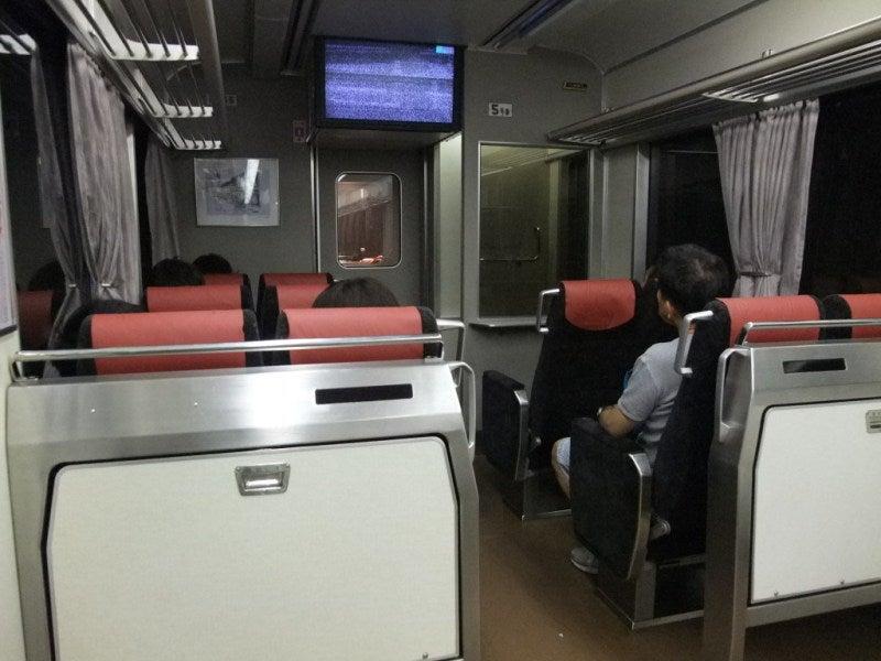 京阪テレビカー02