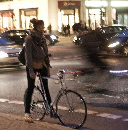 自転車の 自転車 街乗り ファッション 女子 : ロードバイクはあのピタピタの ...