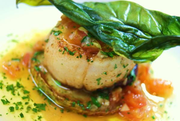 食べて飲んで観て読んだコト+レストラン・カザマ-帆立貝のムニエル