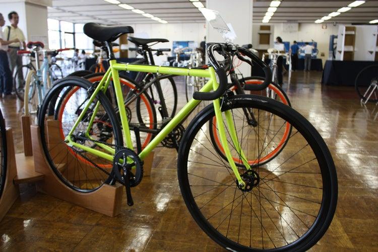 自転車の 上野 自転車 ハクセン : FUJI(フジ)|東京・上野に60 ...