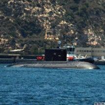 【セウタ港】 潜水艦…