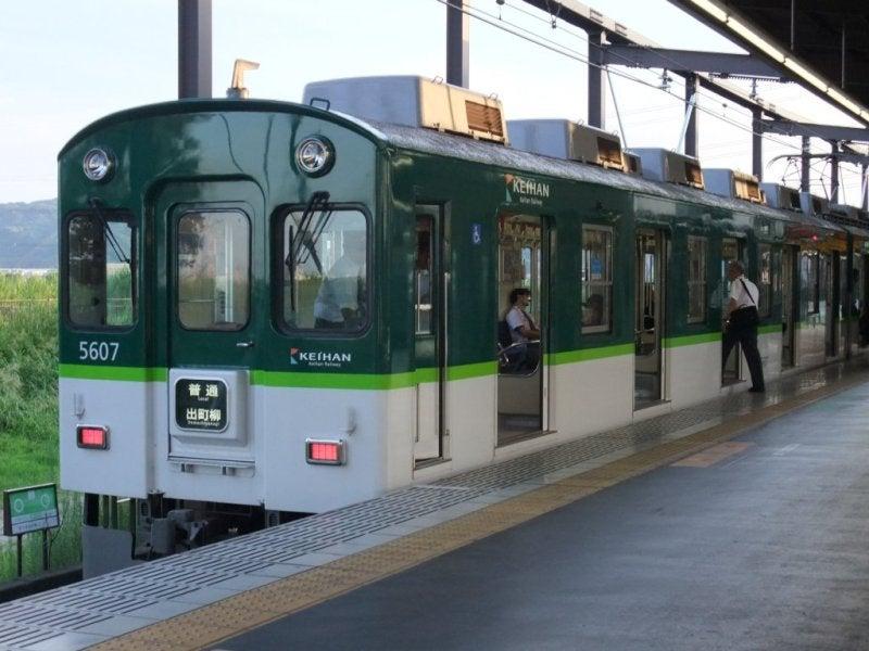 京阪5扉車-01