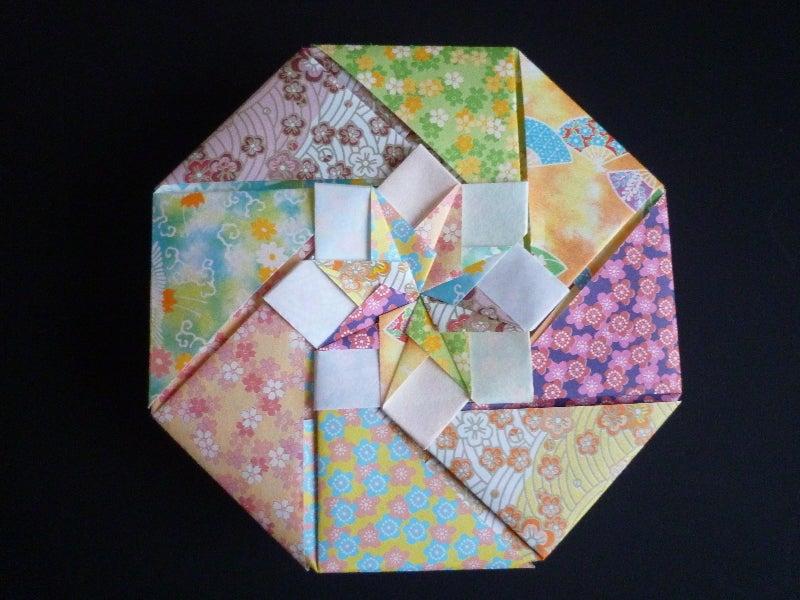 すべての折り紙 折り紙 八角形 箱 : 折り紙で作った 八角形の箱 ...