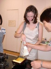 家庭料理と国際交流~あんなこんな-若くて美しい外国人