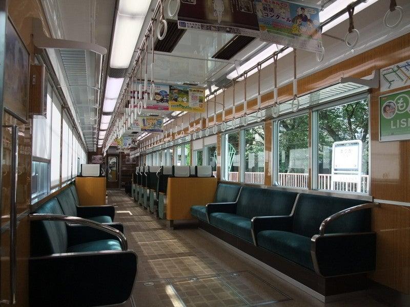 阪急嵐山線6300系車内01