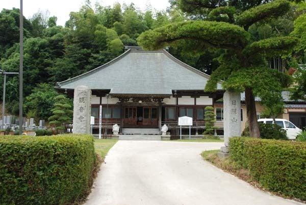 $スカイラインGTR(BNR34)で行く千葉県のドライブ-浦辺仁王尊観音寺「本堂と山門」