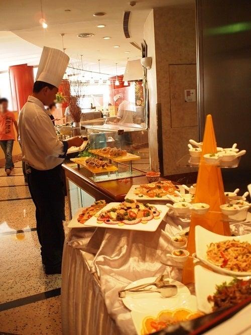 中国大連生活・観光旅行ニュース**-大連 日航ホテル ランチ食べ放題