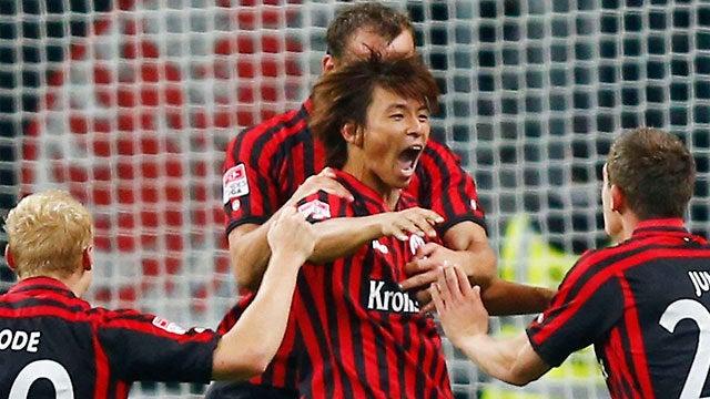 サッカー日本代表 ドイツ ブンデスリーグ 優れた新加入選手11人 乾、清武、宇佐美が選出