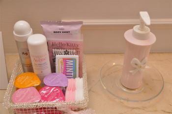 トイレの中のアメニティグッズまで気を使う新郎新婦|結婚式 スナップ写真 「必撮仕事人」 雫写真事務所(横浜)