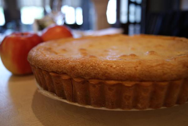 食べて飲んで観て読んだコト+レストラン・カザマ-林檎のタルト