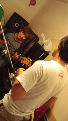 サザナミケンタロウ オフィシャルブログ「漣研太郎のNO MUSIC、NO NAME!」Powered by アメブロ-121010_2304~01.jpg