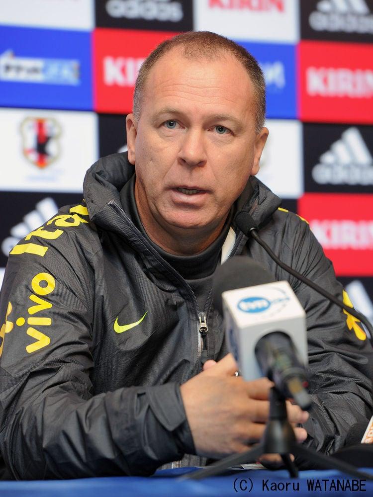 サッカー ブラジル代表 マノ・メネゼス監督