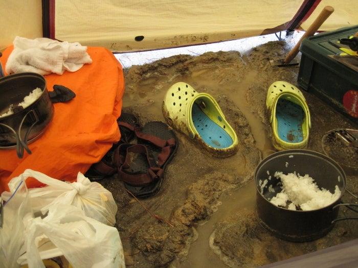 歩き人ふみの徒歩世界旅行 日本・台湾編-テント前室干拓