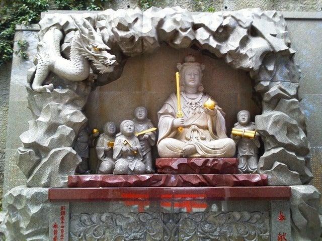江の島神社2