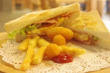 中国大連生活・観光旅行ニュース**-大連 Sweet Sandwich 心 三明治