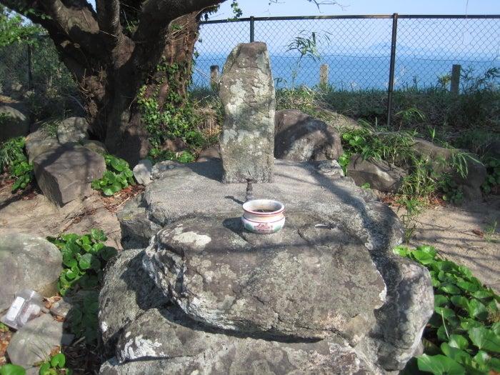 歩き人ふみの徒歩世界旅行 日本・台湾編-天草四郎の墓