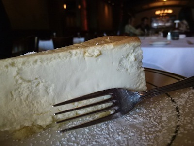 チーズケーキ横から