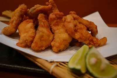 $ふぐ刺し、『980円』!! 『ふぐ料理研究家』のいる店。東京、浅草・蔵前 魚料理『三代目魚熊』