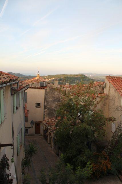$プロヴァンス発 南フランス暮らし365日-村の風景