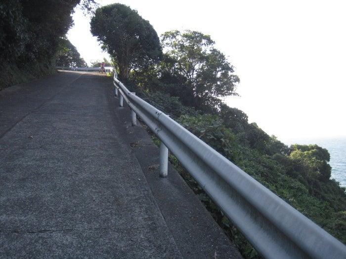 $歩き人ふみの徒歩世界旅行 日本・台湾編-急な上り坂