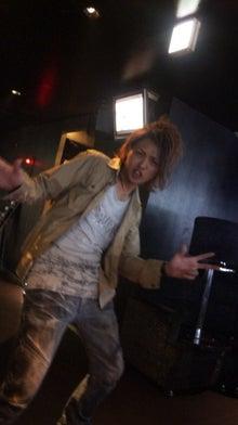 歌舞伎町ホストクラブ ALL 2部:街道カイトの『ホスト街道を豪快に突き進む男』-121029_131553.jpg