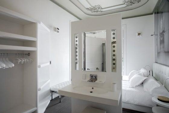 北欧系×アンティークなスペインのホテルのインテリア