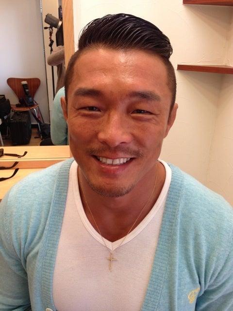 ワイルドな男らしさがたまらない!総合格闘家、秋山成勲の髪型・ヘアスタイル