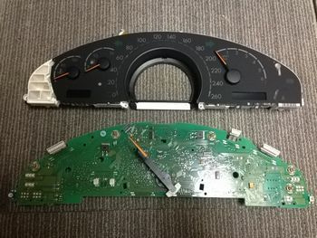 ベンツトラブルナビゲーター | ~ベンツ修理,相談室~-W220 メーター修理