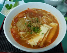 三ノ輪生活-サイゴン・蟹汁麺
