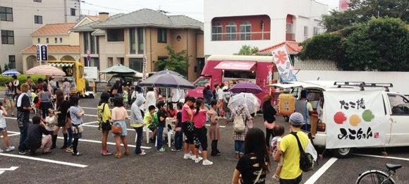 長崎のたこ焼き移動販売車:豊富なオリジナルメニュー「みこちゃん」-大村:移動販売車・イベント風景