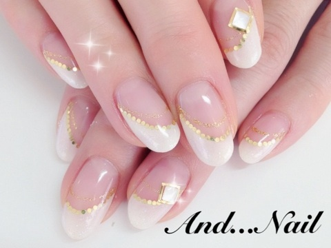 ◆2012冬のホワイトフレンチネイル◆ ★白川麻里★神戸☆ネイルサロンANDNAIL(アンドネイル)MARIのブログ