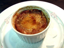 食べて飲んで観て読んだコト+レストラン・カザマ-オニオングラタン・スープ