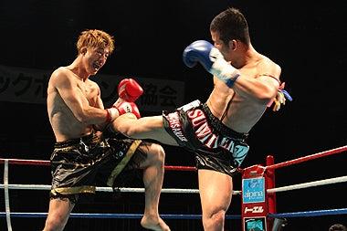 新日本キックボクシング協会-ロッキー壮大vsスウィレック・ラジャサクレック