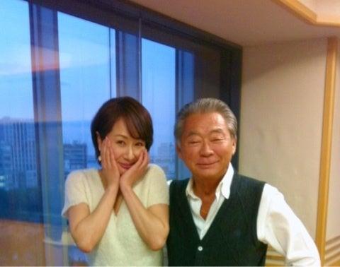 みのもんた、ラジオで共演の南波糸江アナにベタベタ触りすぎ ...