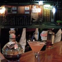 祇園のBarで、飲む…