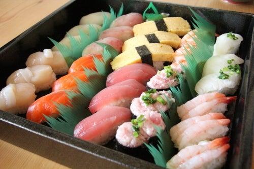 むーさんブログ-陳列した鮨が美しい