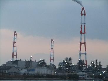 北九州市の工場群と小倉駅周辺 ...