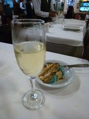 貰ったシャンパン&ケーキ