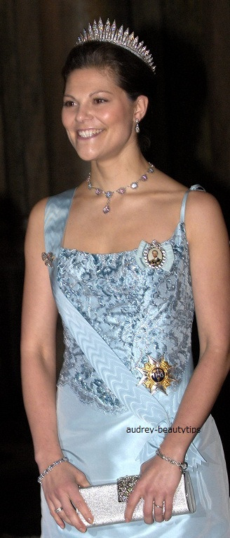 Time Tested Beauty Tips * Audrey Hepburn Forever *-2006 Banquet for the Nobel Winners