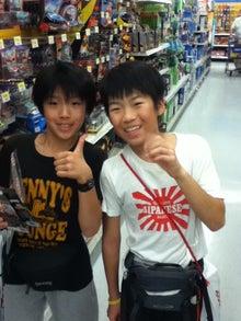 $hyangのひとりごと...-スケボーショップで買い物、ご機嫌!