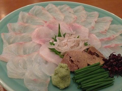 $ふぐ刺し、『980円』!! 『ふぐ、魚料理研究家』のいる店。東京、浅草・蔵前 魚料理『三代目魚熊』-image