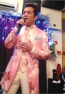 田山ひろし東京後援会のブログ-歌う田山ひろしさん1