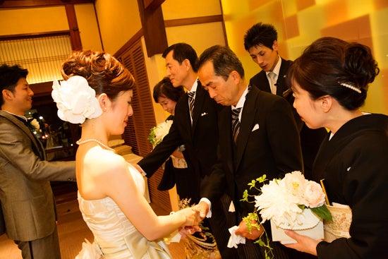ウエディングカメラマンの裏話*結婚式にまつわるアンなことコンなこと-鮒鶴 京都 鴨川 リゾート 結婚式 写真