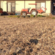 今年はじめて圃場を耕…