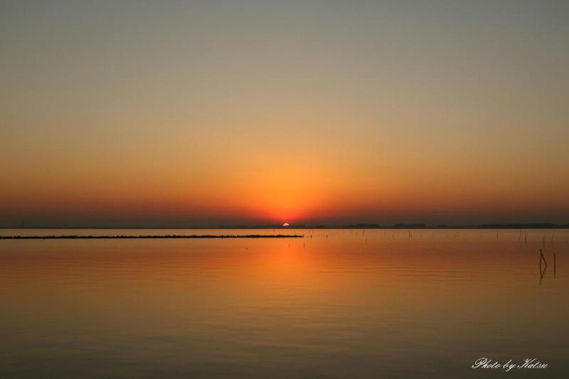 癒しの空間 鹿行星の会 会長ブログ-凪の湖畔
