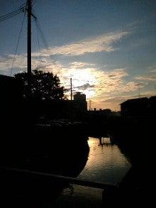 桂米紫のブログ-朝の川面.jpg