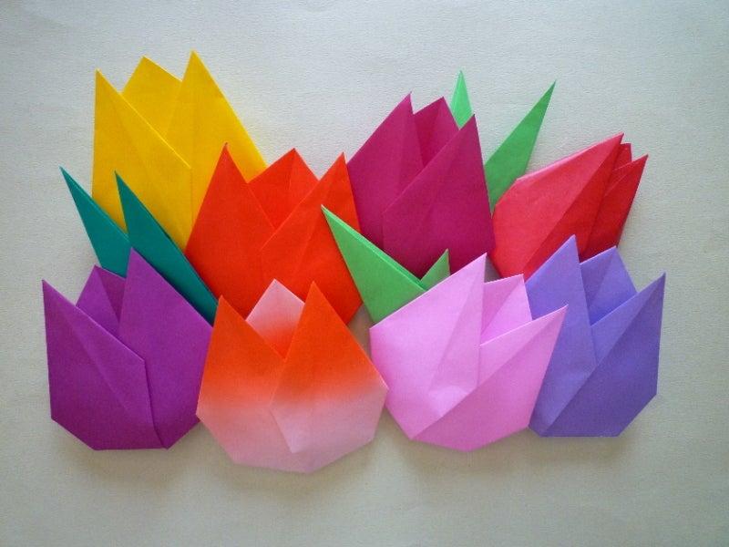 すべての折り紙 折り紙 チューリップ 作り方 : 中に綿を入れてちょっと膨らみ ...