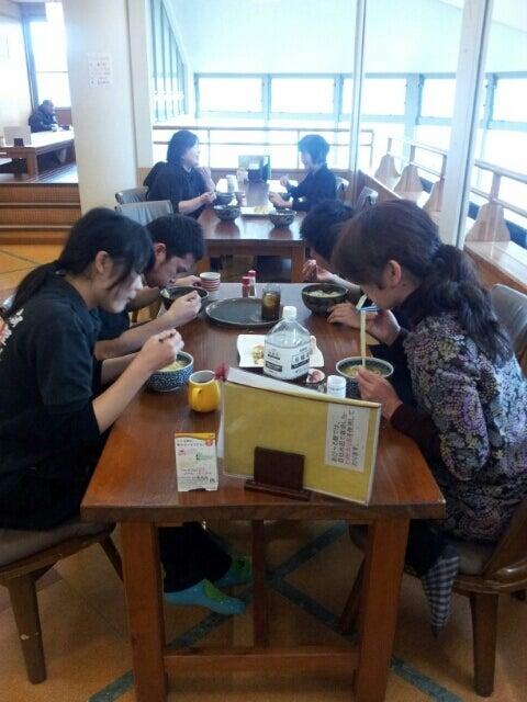 歩き人ふみの徒歩世界旅行 日本・台湾編-従業員昼食