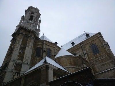 ベギナージュ教会1