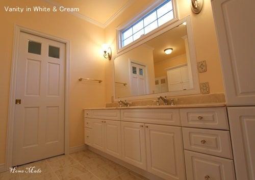 $住まいと環境~手づくり輸入住宅のホームメイド-Double Bowl in Vanity Room